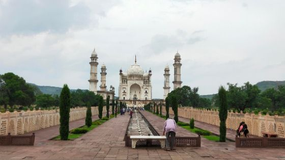 A view of the Bibi-Ka-Maqbara in Aurangabad.