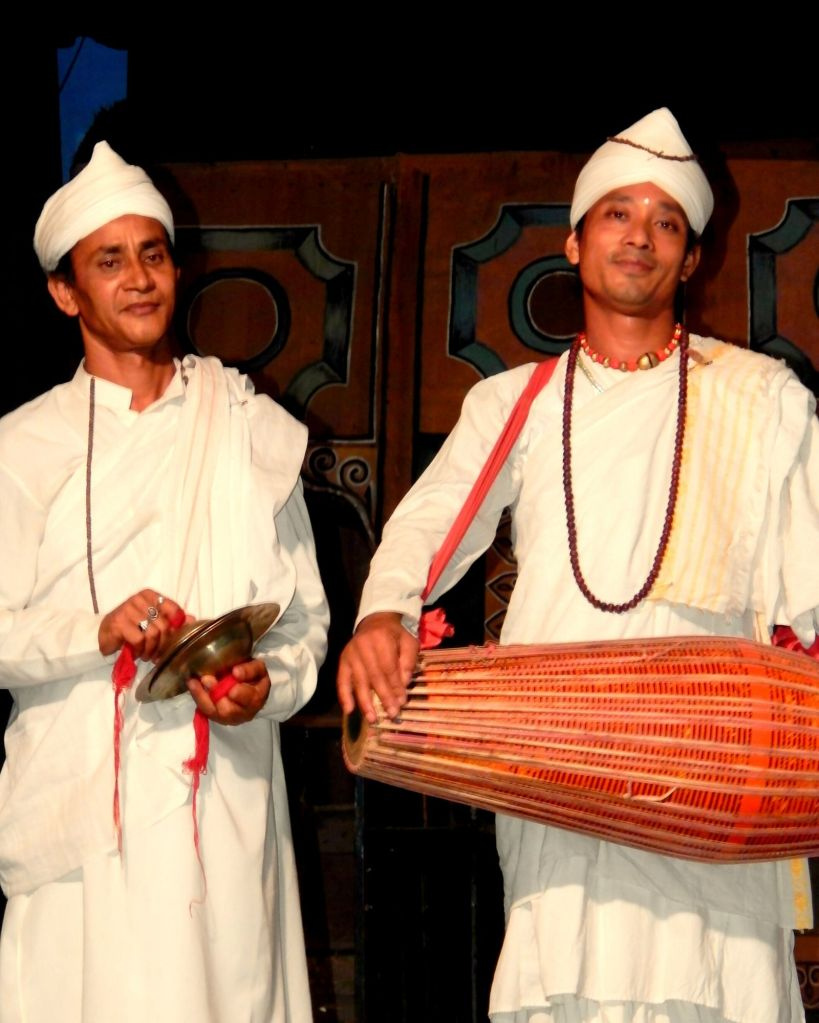 Gayan Bayan artists in Majuli from the monks