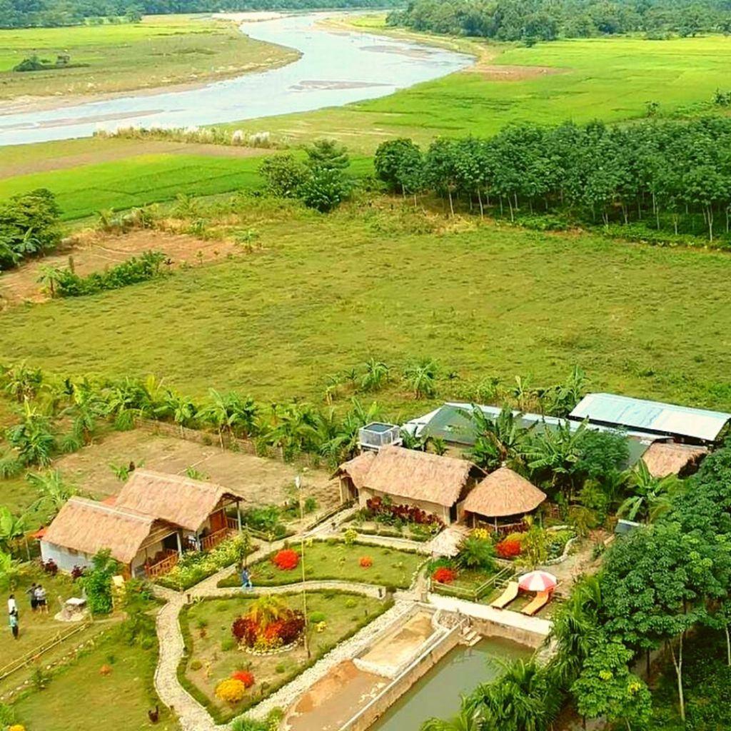 Kanoka Village Retreat