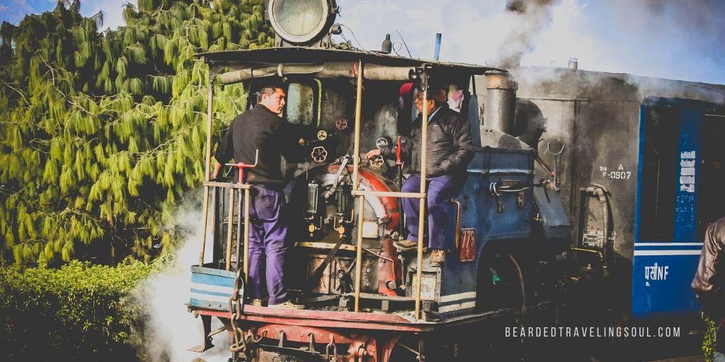 Photograph @ Anand Raje  l  Darjeeling Himalayan Railway