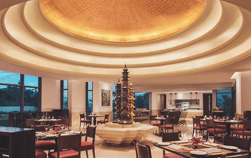 An upscale lounge bar, Octave is part of the Vivanta by Taj hotel